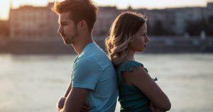 İlişkilerde Manipülasyon Nedir